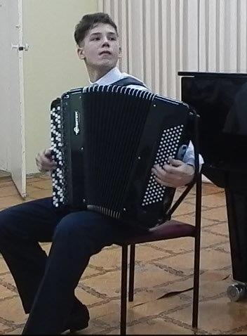 Равилов Газинур