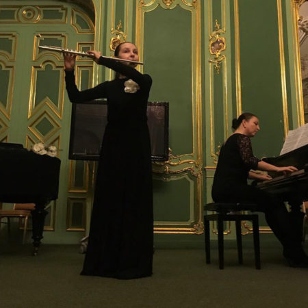 Вручение флейты в историческом зале Санкт-Петербурга