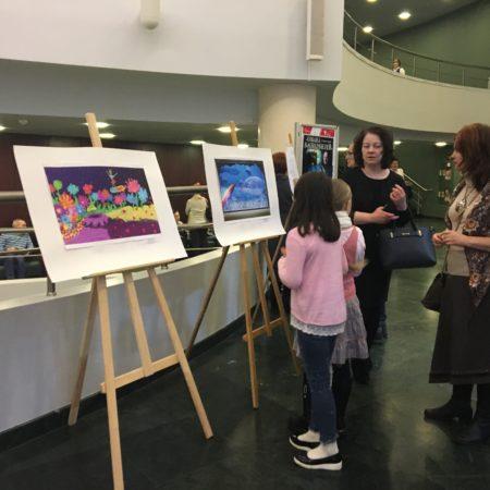 Выставка работ художественной школы имени В.А.Серова городаТвери