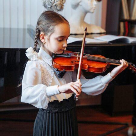 Скрипка для учеников Детской школы искусств в г.Орехово-Зуево