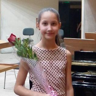 Ходарева Алисия